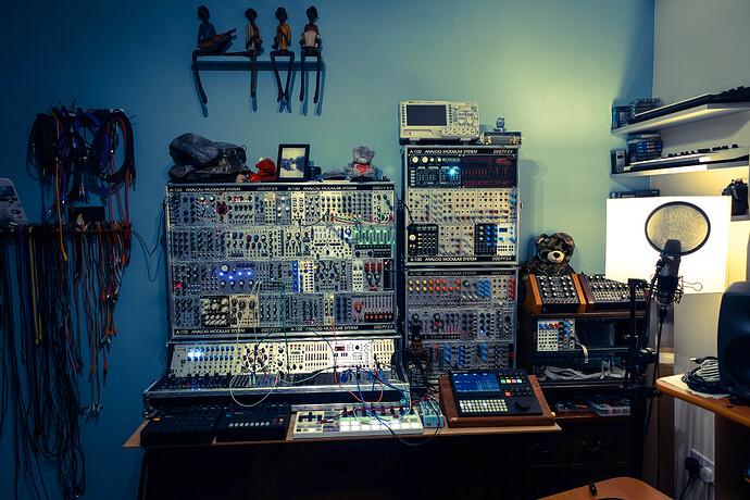 modular (1 of 1)